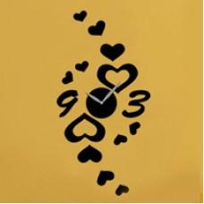 ساعت دیواری طرح قلب و عشق